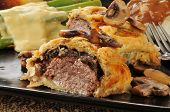 Beef Wellington With Asparagus