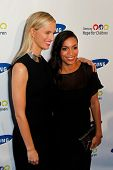 NEW YORK-MAY 29: Model Karolina Kurkova (L) and actress Rosario Dawson attend the Samsung Hope for C