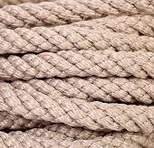 Strong rope hank macro