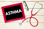 pic of asthma  - Blackboard with asthma - JPG