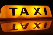 TAXI inscription