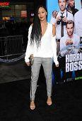 LOS ANGELES - NOV 20:  Tia Mowry arrives to the