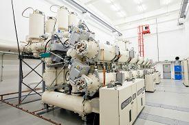 image of transformer  - details of new high voltage power transformer - JPG
