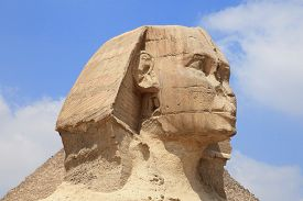 image of human pyramid  - Sphinx of the Great Pyramid in Giza - JPG