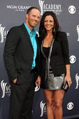 LAS VEGAS - APR 3:  Sara Evans & Husband arriving at the Academy of Country Music Awards 2011 at MGM Grand Garden Arena on April 3, 2011 in Las Vegas, NV.