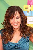 LOS ANGELES - 2 de APR: Maria Canals-Barrera, llegando a los Kids Choice Awards de 2011 en el Galen Center,
