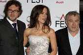 HOLLYWOOD, CA. - NOVEMBER 3: (L-R) Kirk Jones, Kate Beckinsale, & Robert De Niro attend the AFI Fest premier of Everybody's Fine at The Grauman's Chinese Theater on November 3, 2009 in Hollywood.