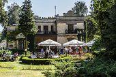 Villa Pod Matka Boska In Naleczow, Poland