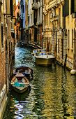 pic of tenement  - Venice - JPG