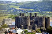 pic of edwardian  - A view of Conwy Castle in North Wales - JPG
