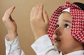 Muslim Kid praying