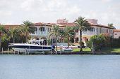 Luxurious single-family home