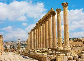 picture of cardo  - The Cardo Maximus street in Jerash ruins Jordan - JPG