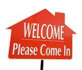 Bienvenido, venga por favor en bienes raíces signo aislado en blanco.