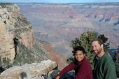 Couple at grand canyon3
