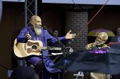 NEW YORK - JULY 23: Musician Richie Havens (L) and percussionist Daniel Ben Zebulon perform at Batte