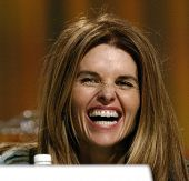 LONG BEACH - DEC 7: Maria Shriver at the California Governor's Conference on Women and Families at the Convention Center on December 7, 2004 in Long Beach, California