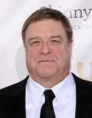 LOS ANGELES - JAN 10:  John Goodman arrives to the