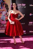 LOS ANGELES - JUN 26:  Katy Perry arriving to