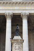 image of neo-classic  - Closeup of the War memorial at Bank of England - JPG