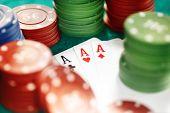 Kaarten en Casino Chips