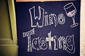 Sinal de degustação de vinhos