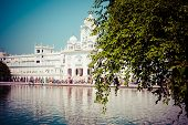 foto of granth  - Sikh gurdwara Golden Temple  - JPG
