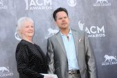 LAS VEGAS - APR 6:  Gary Allan at the 2014 Academy of Country Music Awards - Arrivals at MGM Grand G