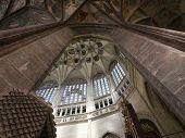 Señaló la bóveda de la iglesia de Santa Barbara