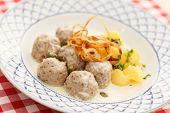 meatballs with potatoes
