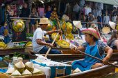 RATCHABURI, THAILAND - MARCH 24: Local peoples sell fruits, food and souvenirs at famous tourist att