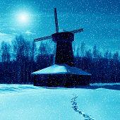 Winter Nature, Mill in moonlight