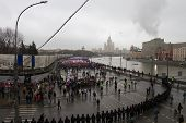 Column Of Oppositionists On Mourning March Of Memory Of Boris Nemtsov