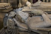 statue of  king Philippe de France,  in basilica of saint-denis