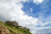 Jersey's Mount Orgueil Castle und sky