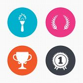 image of prize winner  - Circle buttons - JPG