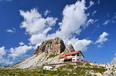 Drei-Zinnen-Hütte und Dolomiten Sexten-Berge