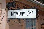 Memory Lane Zeichen