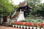 Chua Mot Cot In Hanoi