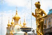 Grand Cascade Fountains at Peterhof Palace, st.Petersburg, Russia