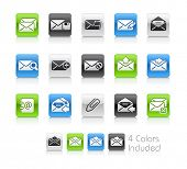 E-mail Icons / The file Includes 4 color versions in different layers.