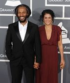 LOS ANGELES - FEB 10:  Ziggy Marley and wife Orly Agai arrive to the Grammy Awards 2013  on February