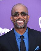 LAS VEGAS - APR 07:  Darius Rucker arrives to the Academy of Country Music Awards 2013  on April 07,