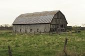 Decrepit Old barn