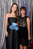 LOS ANGELES - OCT 28:  Olivia Wilde, Rashida Jones at the 25th Courage In Journalism Awards at the Beverly Hilton Hotel on October 28, 2014 in Beverly Hills, CA
