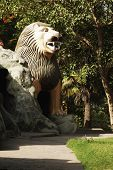 picture of lakshmi  - Statue of a lion in a garden - JPG