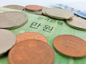 picture of korean  - These are coins and bill of Korea - JPG