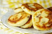 Cottage cheese pancakes with raisin
