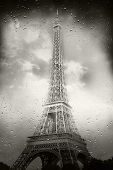 The Tour Eiffel With The Rain
