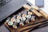 Quick sushi lunch in the office